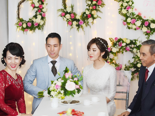 Xem ngày tốt tổ chức đám cưới cho đôi vợ chồng trẻ