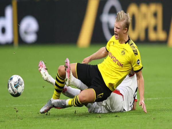 Dortmund gục ngã tại sân nhà Signal Iduna Park