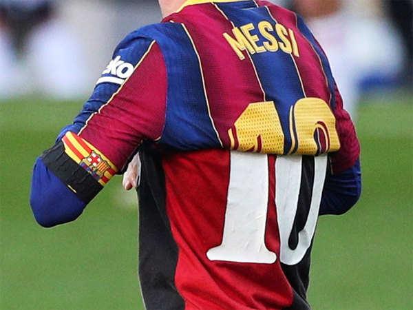 Tin bóng đá tối 30/11: Messi tưởng nhớ Maradona bằng chiếc áo đặc biệt