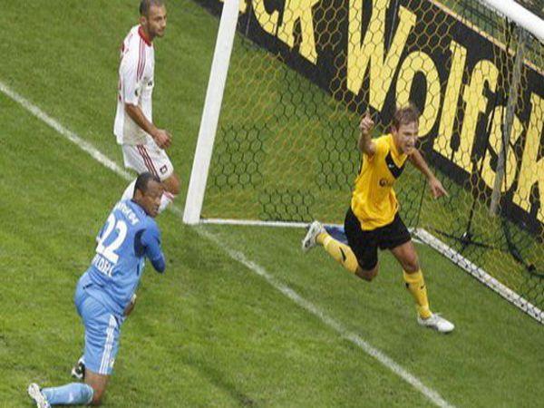 Tin bóng đá tối 3/2: Leverkusen bị loại khỏi Cúp QG Đức bởi đội hạng Tư