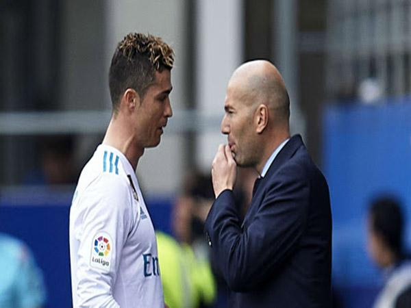 Tin BĐQT chiều 16/3 : Zidane xác nhận muốn Ronaldo