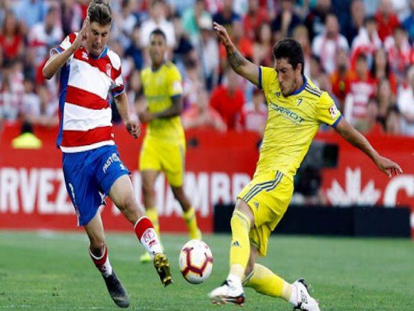 Soi kèo Granada vs Eibar, 02h00 ngày 23/4 - La Liga